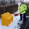 grit salt bins cat sq